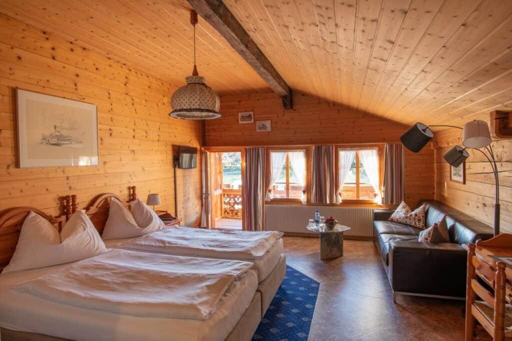 De-Luxe-Zimmer-Hotel-Chalet-Du-Lac